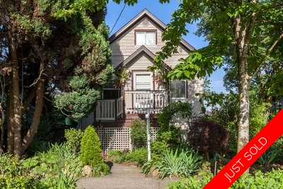 Sapperton House for sale: 5 Bedroom & den and 3 bathroom Character Home!