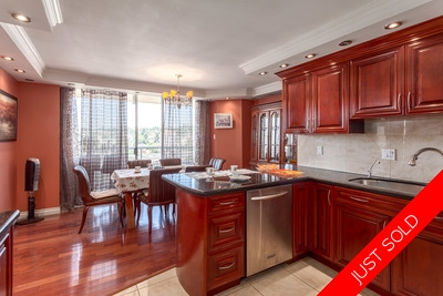 New Westminster Quay Condo for sale: The Riviera 2 bedroom great amenities
