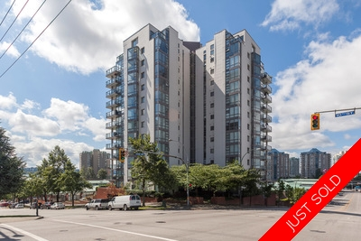 DT New Westminster Condo for sale: Plaza Point 2 Bedroom plus Flex 1,428 sq.ft.